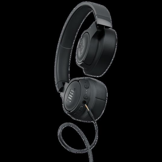JBL TUNE 750BTNC - Black - Wireless Over-Ear ANC Headphones - Detailshot 7