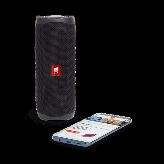 JBL FLIP 5 - Black Matte - Portable Waterproof Speaker - Detailshot 2